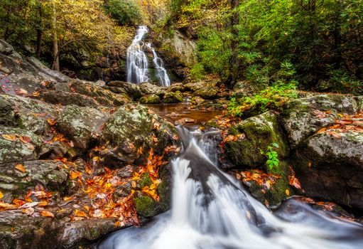 Smoky Mountains National Park, Gray Smoki Mauntins Park, Tennessee, autumn, forest, River, trees, stones, moss, nature, waterfall