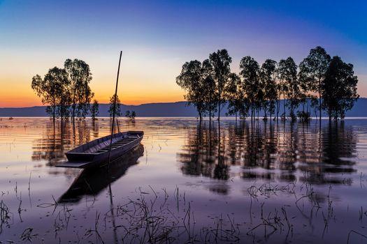 puesta del sol, lago, árboles, barco, paisaje