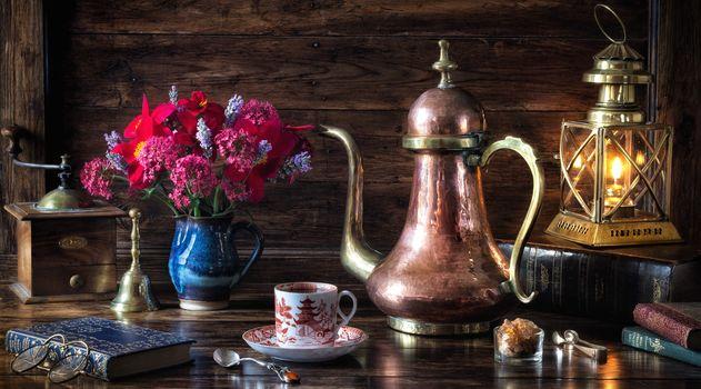 lamp, kettle, books, flowers, bouquet, still life