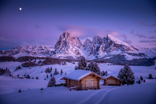 Seizer Alm, South Tyrol, dolomitы, Italy, winter, snow, snowdrifts, sunset, the mountains, landscape