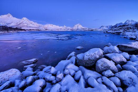 Sonnenuntergang, See, Gebirge, Steine, Landschaft, Norwegen