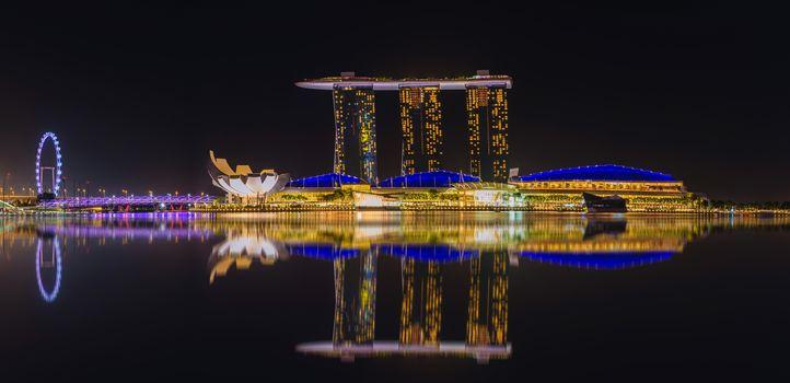 Singapore skyline, view of skyscrapers, Marina Bay, bay, dusk, Singapore, view