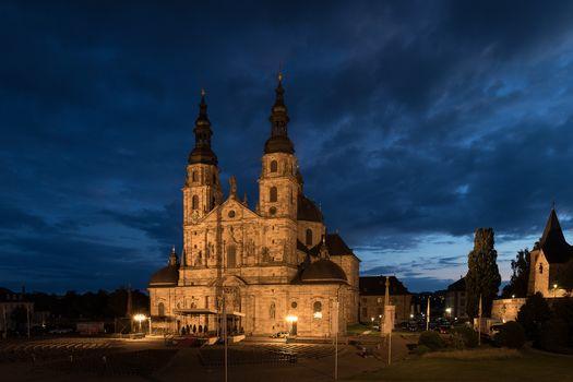 Германия., Fulda, Гессен, Делавэр, дом, кафедральный собор, здание, ночь, огни, illyuminatsiya