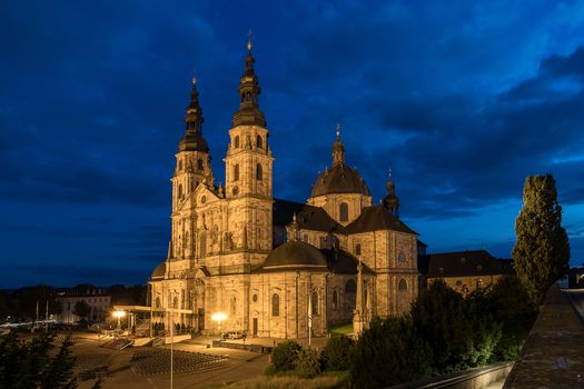 ドイツ。, フルダ, ヘッセン, デラウェア, 家, 大聖堂, 建物, 夜, ライト, illyuminatsiya