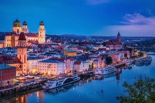 Passau, Danube, Bavaria, Germany, city, dusk, at home