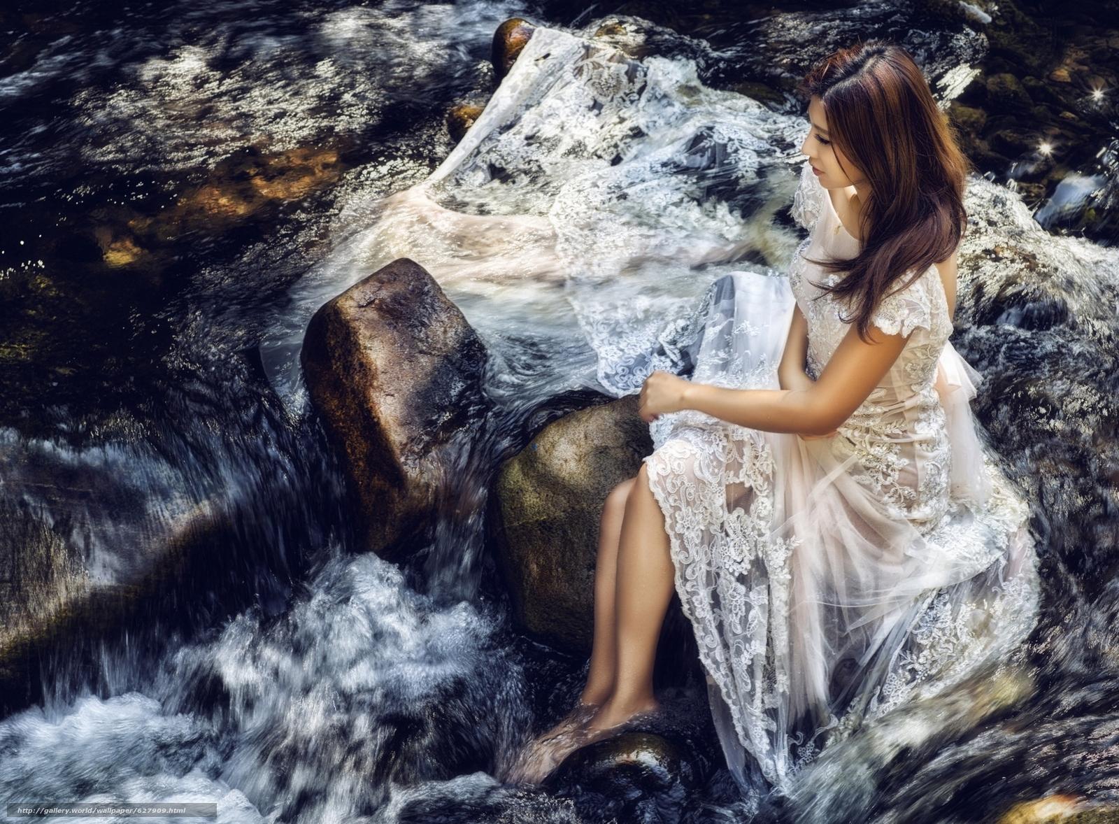 Картинки девушек на реки